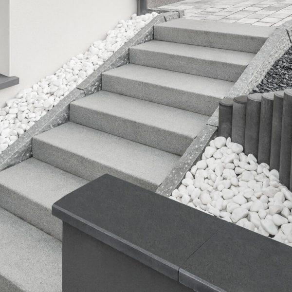 Prefabrikované betónové schody do domu Bratislava