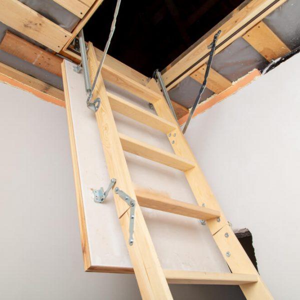 sklápacie strešné schody skladacie schody do podkrovia Schody Zábradlie