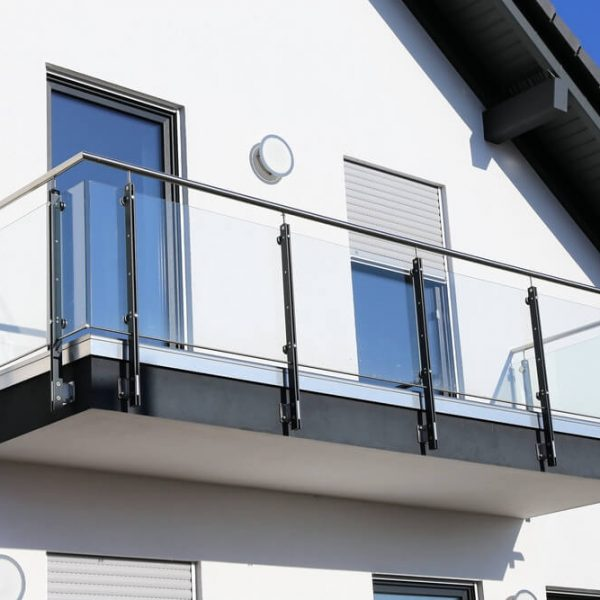 uchytenie zábradlia na balkóne Bratislava Schody Zábradlie