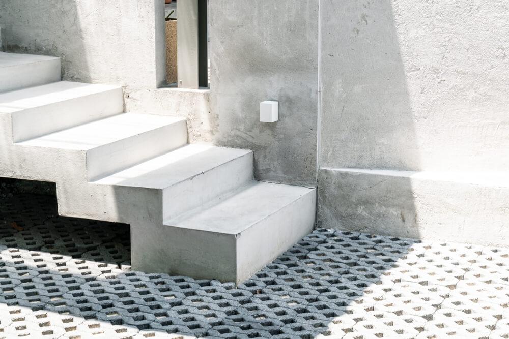 monolitické schody Bratislava Schody Zábradlie