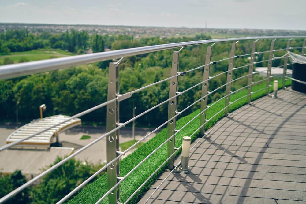 Nerezové zábradlie na balkón Bratislava