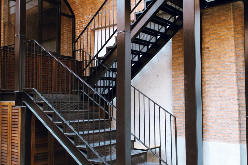 Nerezové schody vonkajšie či vnútorné Bratislava