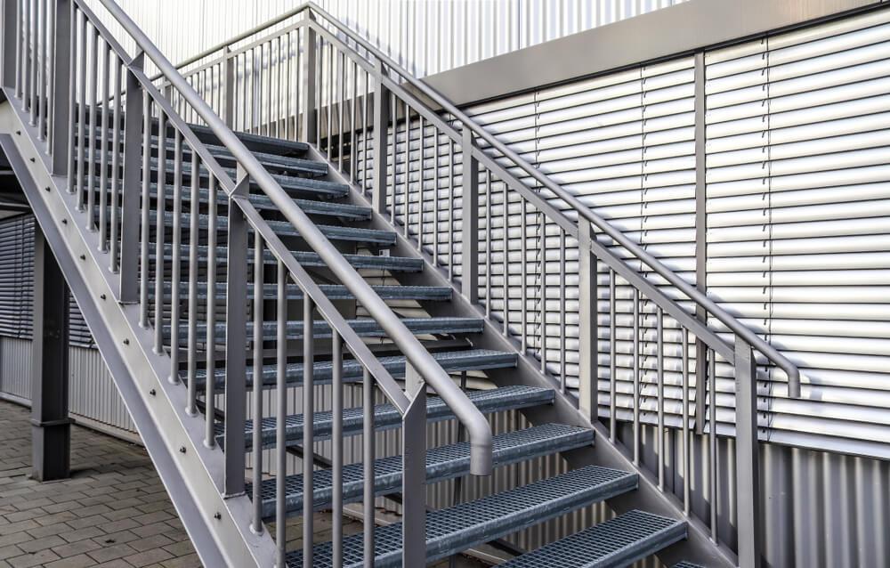 pororoštové schody Bratislava Schody Zábradlie